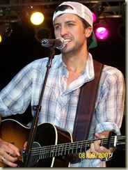 Luke Bryan's new CD and his own tour