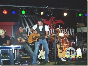 Trent Tomlinson at Electric Cowboy in Johnson City