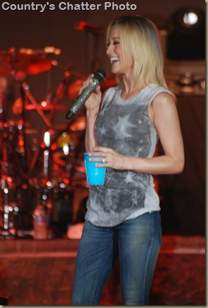 Kellie Pickler 037