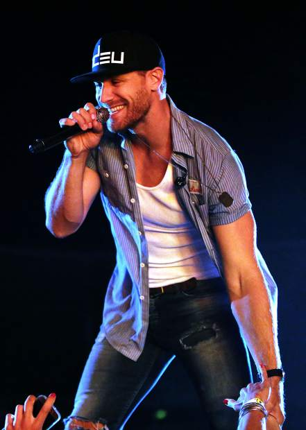 "Chase Rice Premieres Music Video For ""Three Chords & The Truth"" On CMT"