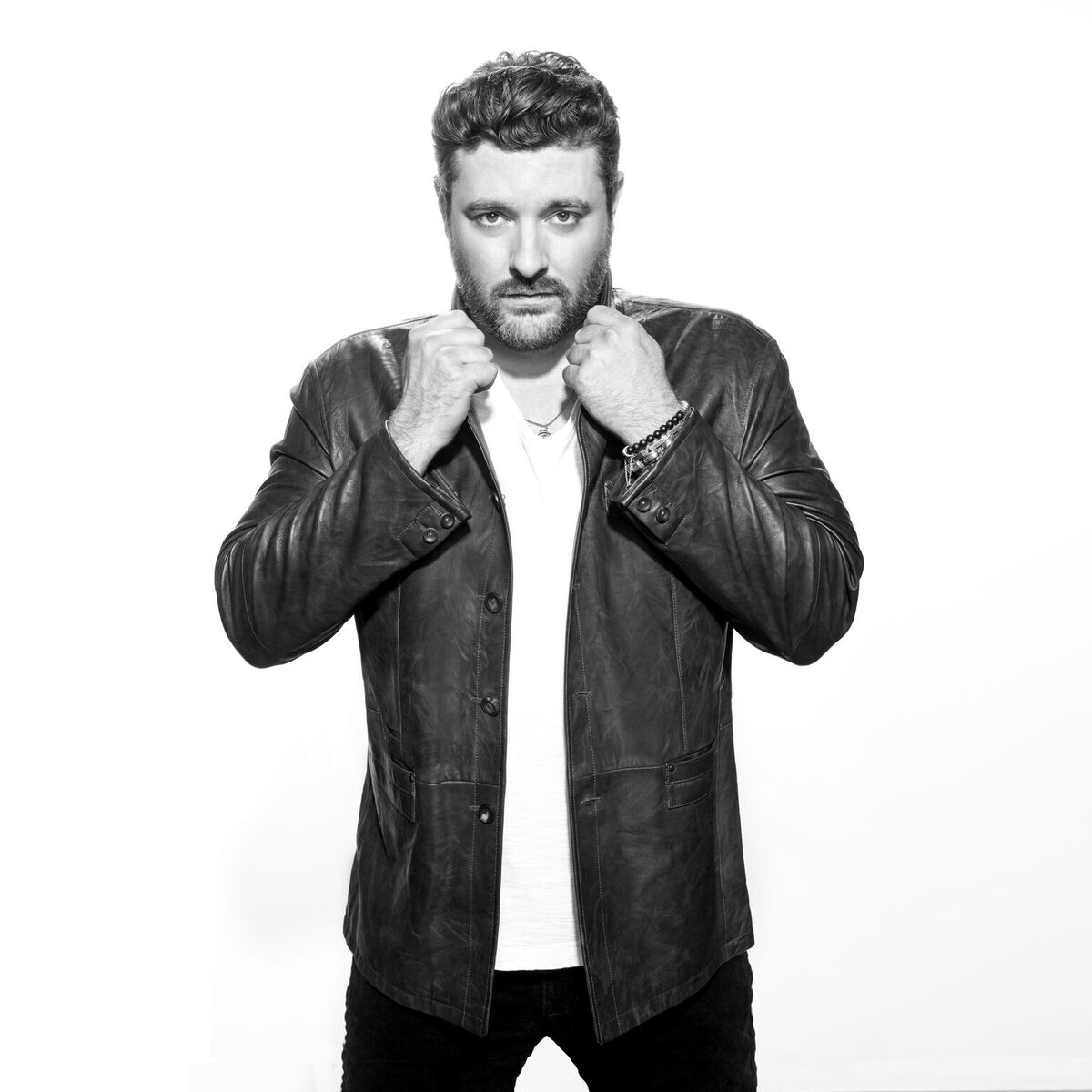 Chris Young claims top spot on Billboard's top Country Albums chart