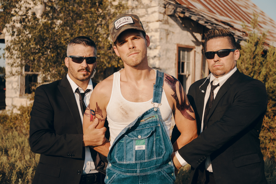 "Granger Smith's alter ego, Earl Dibbles Jr., releases his newest music video for ""Don't Tread on Me"""