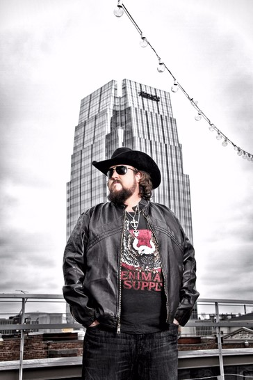 "Colt Ford announces ""Dynamite"" tour"
