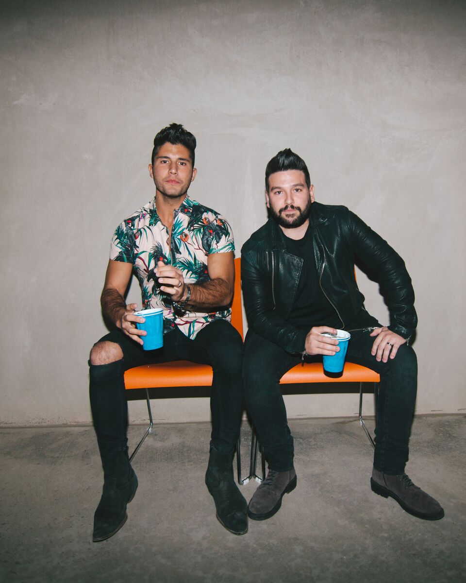 "Dan + Shay unveil ""Tequila"" behind the scenes as official video surpasses five million views"