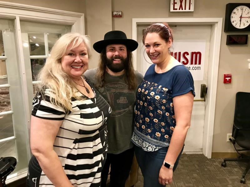 "CJ Solar visits WSM-AM's ""Nashville Today"""