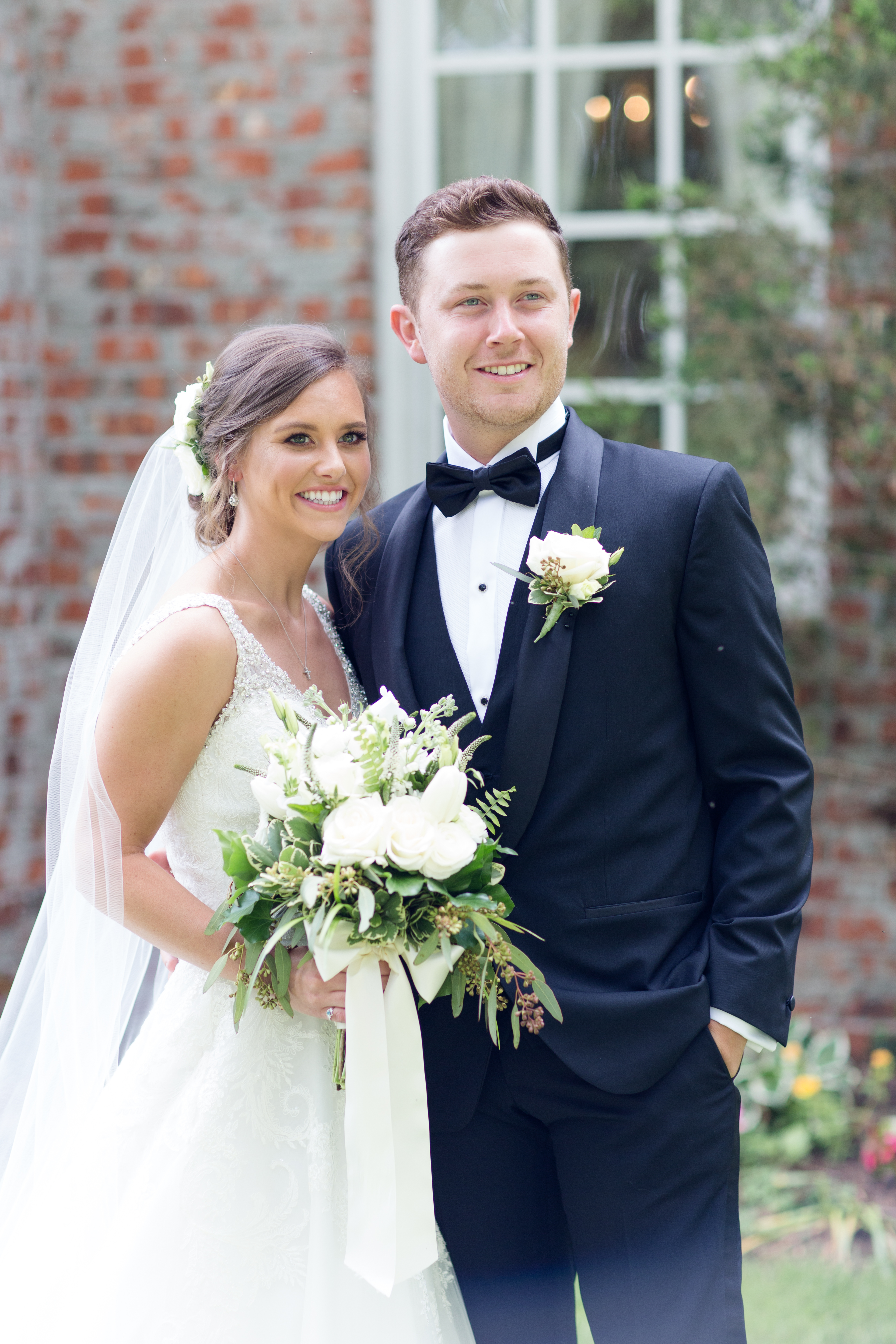 """Scotty McCreery shares his special day with the world with """"This Is It"""" music video"""