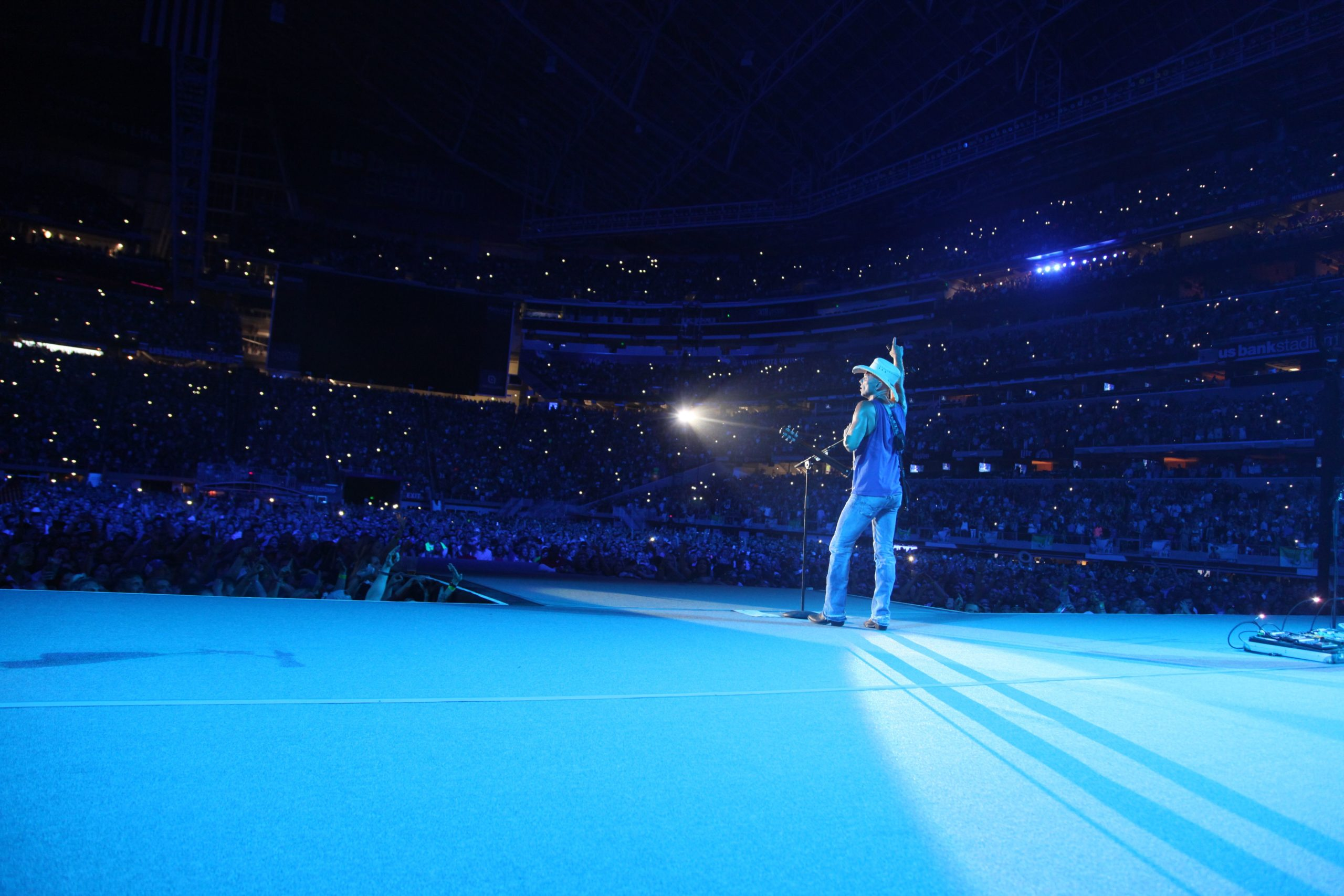 """Kenny Chesney's """"Here And Now"""" Is No. 1; 31st Chart-Topper for Most Country No. 1's"""